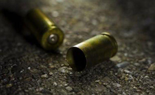 Gunman opens fire in Herstelling