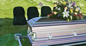 Funeral_Casket_flowers_death