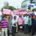 Hundreds of Amerindians protest budget cuts outside Public Buildings