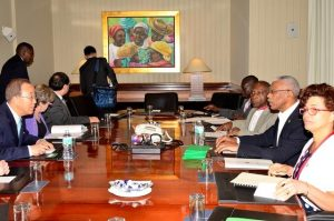 President David Granger, Foreign Affairs Minister Carl Greenidge and other officials in the Guyana delegation in meeting with United Nations Secretary General Ban Ki-Moon and his team