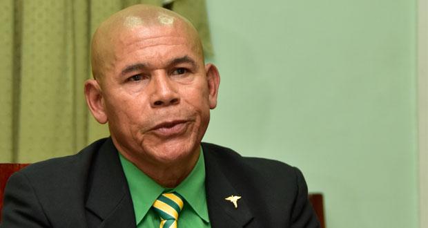 Minister Norton apologises