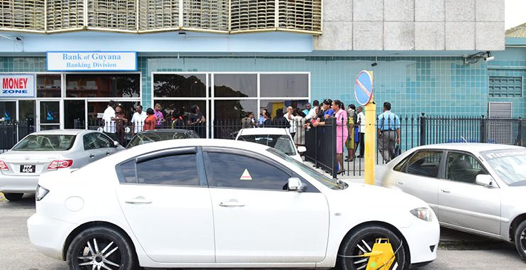 Govt officially suspends Parking Meter project, citizens to be protected by police