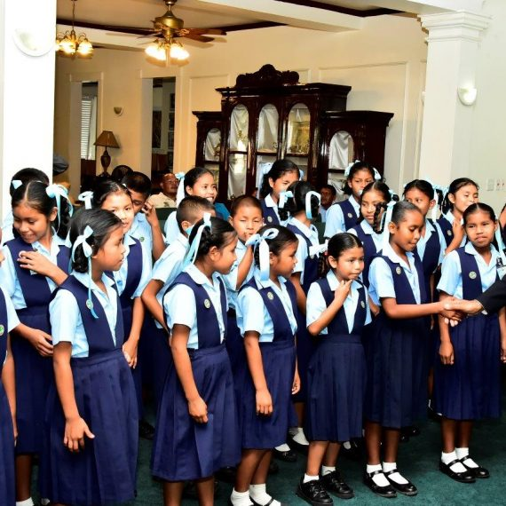 Paruima Primary School students meet President Granger