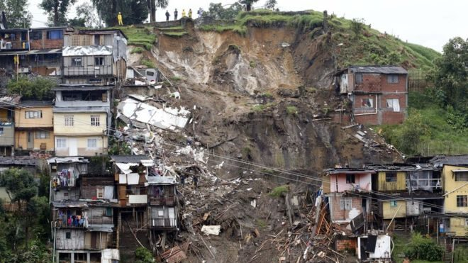 Colombia landslide kills at least 17