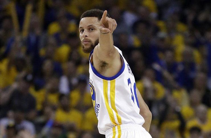 1397600df04d Curry returns as Warriors take 2-0 lead  Raptors fold under pressure ...
