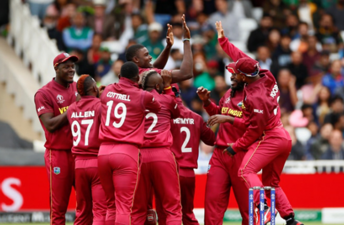 Lloyd says Windies must play smart cricket