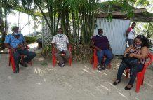 Residents of Beri-Bissiballi and Lanaballi (Carl Croker photos)
