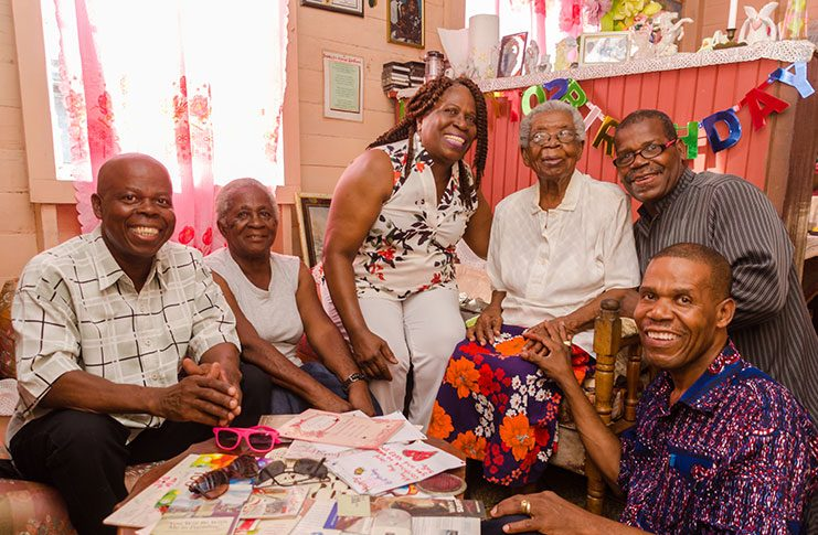 Granny Nen flanked by her daughter-in-law Jean Joseph (second left) and cousins(from L-R) Vibert Norton,  Eunice Alleyne, Bishop Norton and Joseph Norton. (Delano Williams photo)