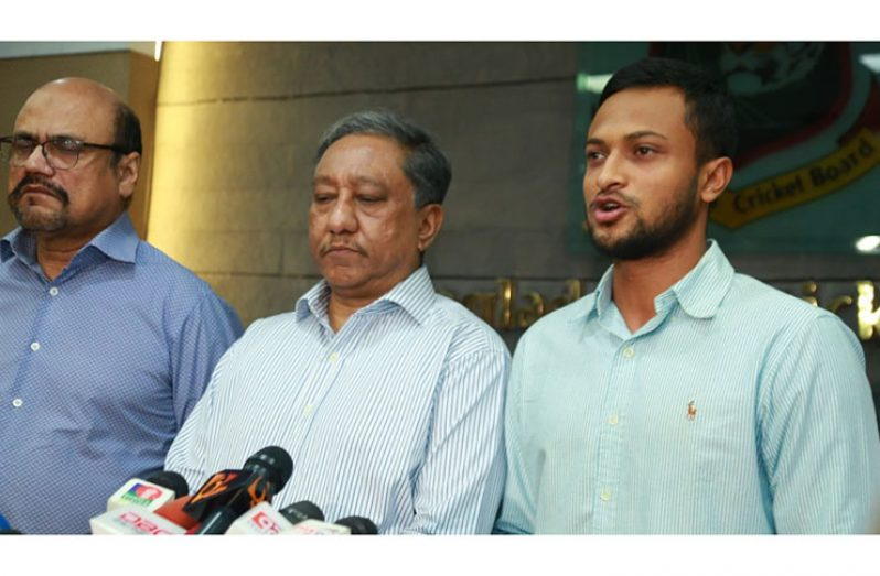 Shakib Al Hasan addresses the media, Dhaka, October 29, 2019. (BCB)