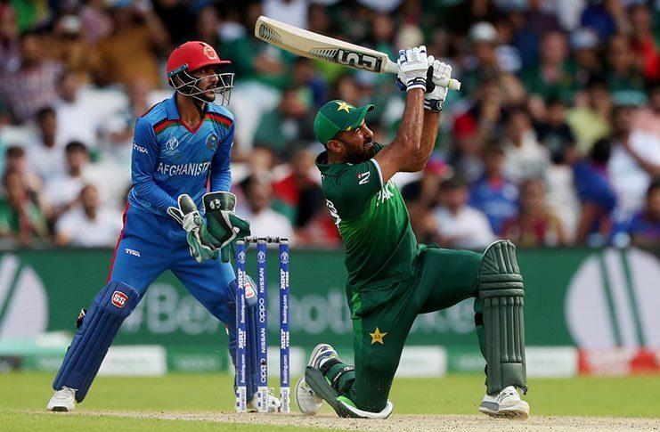 Pakistan's Wahab Riaz hits a six. (Action Images via Reuters/Lee Smith)
