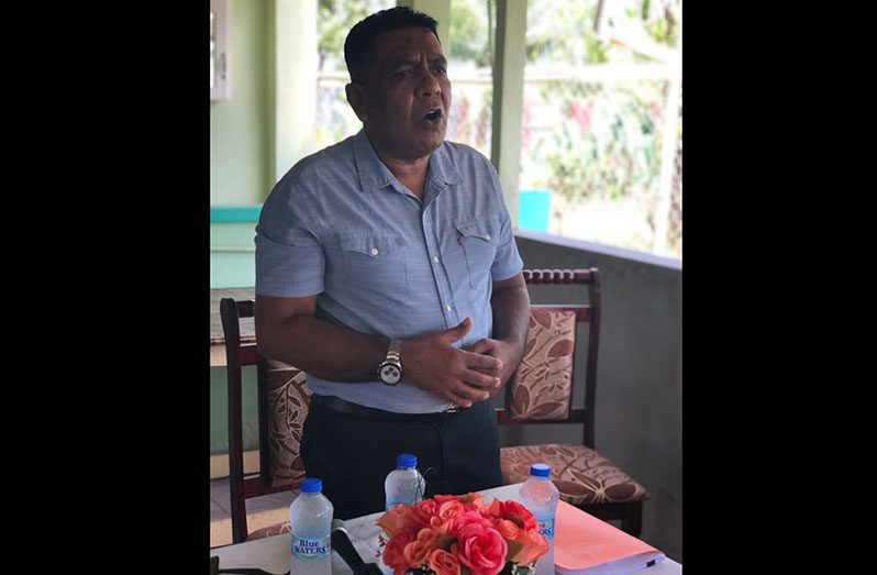 Minister of Agriculture, Zulfikar Mustapha addressing residents at Aurora village, Essequibo Coast on Saturday