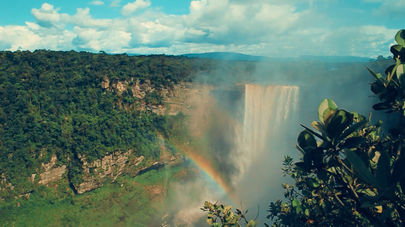 The majestic Kaieteur Falls.