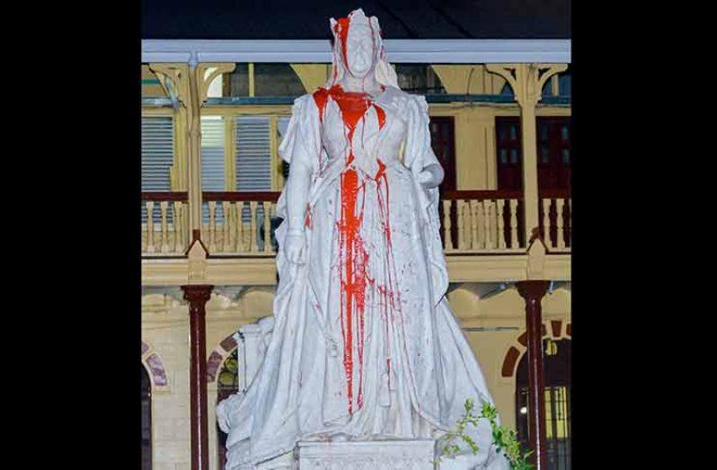 The statue of Queen Victoria