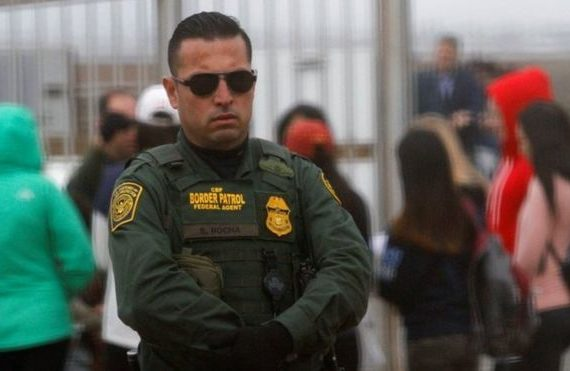 US unveils sweeping orders to deport illegal immigrants
